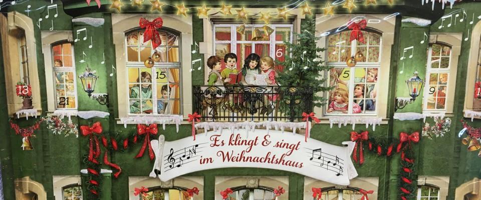 Nostalgische Adventskalender im Adendorfer Waschzuber